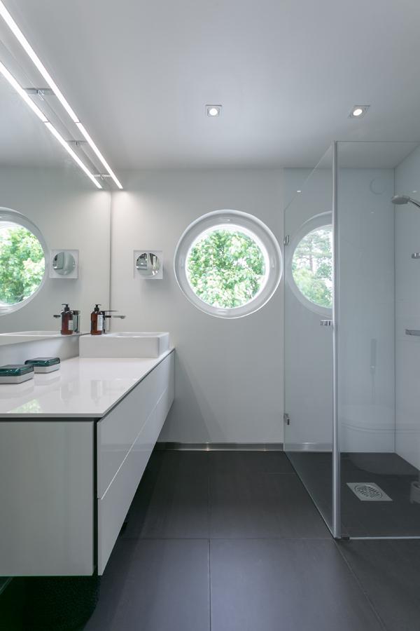 valoisa kylpyhuone sisustussuunnittelu Espoo